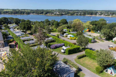 location emplacement avec electricite camping